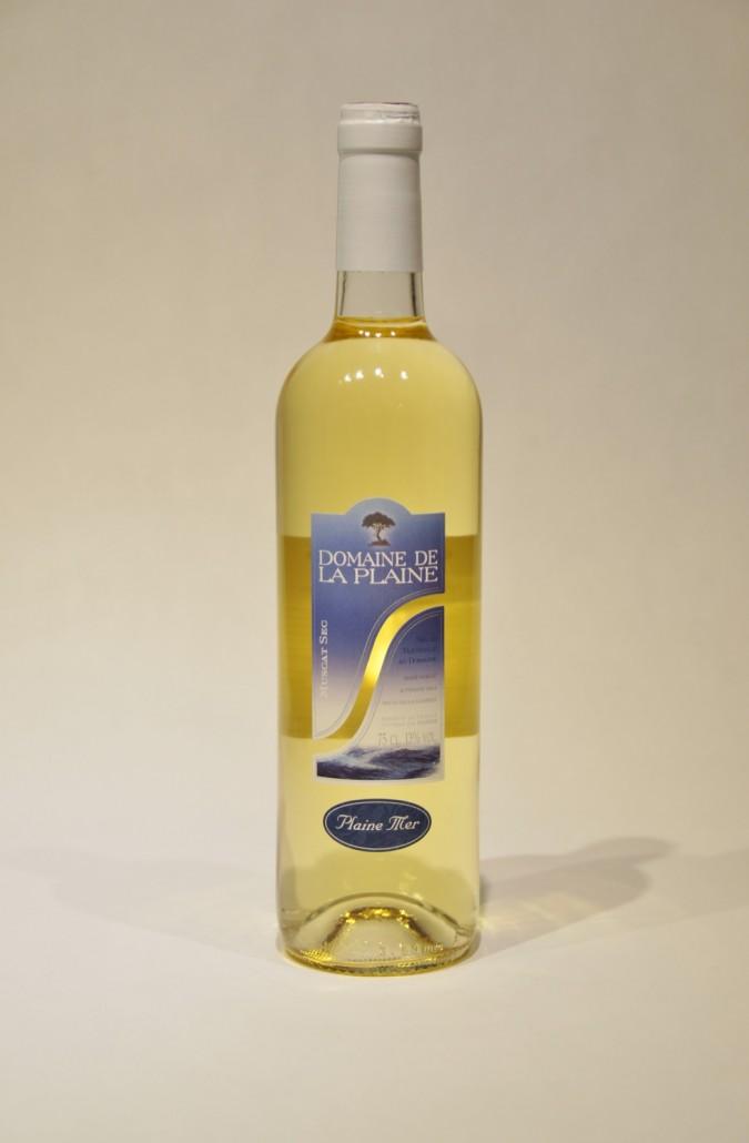 Plaine mer : cuvée du Domaine de la Plaine, producteur de muscat de Frontignan
